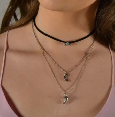 3_Charm_necklace_silver-final